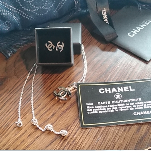 CHANEL Jewelry - CHANEL Lariat set